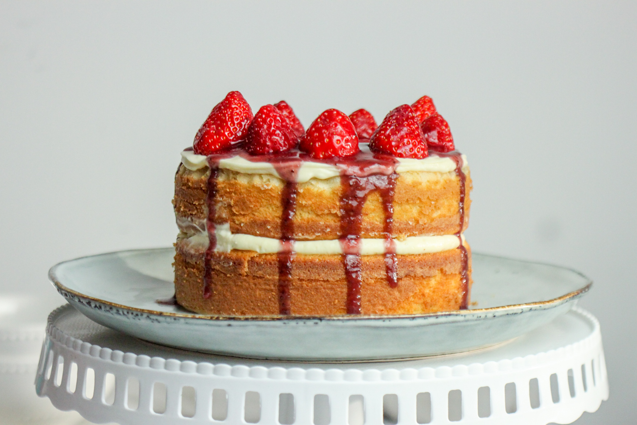 How to Make a Simple Lemon Strawberry Cream Naked Cake