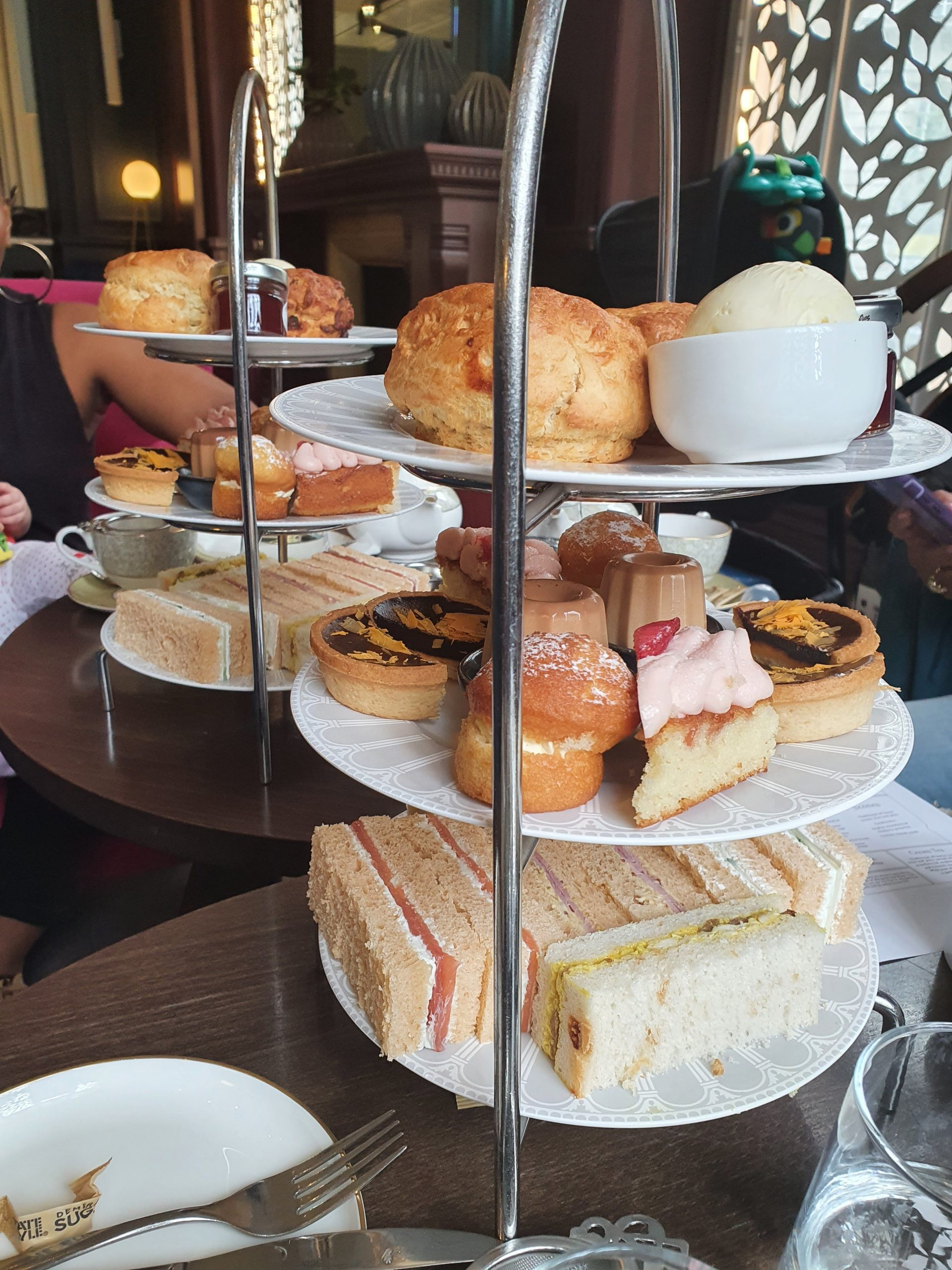 How to Food Guide: Afternoon Tea at The Clermont Hotel Victoria
